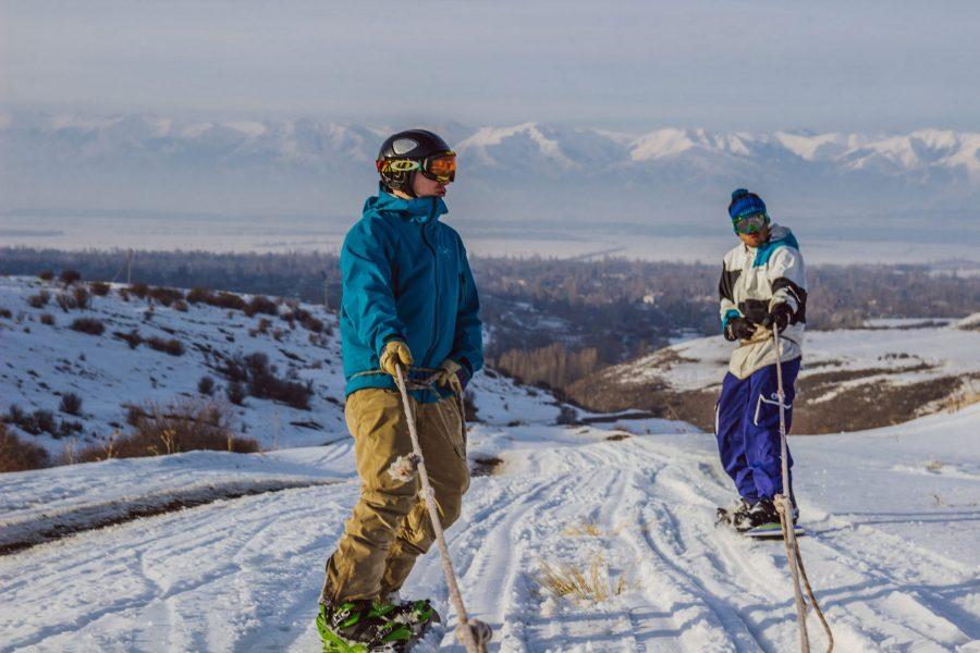 Sneeuwscooter dropping Kirgizië