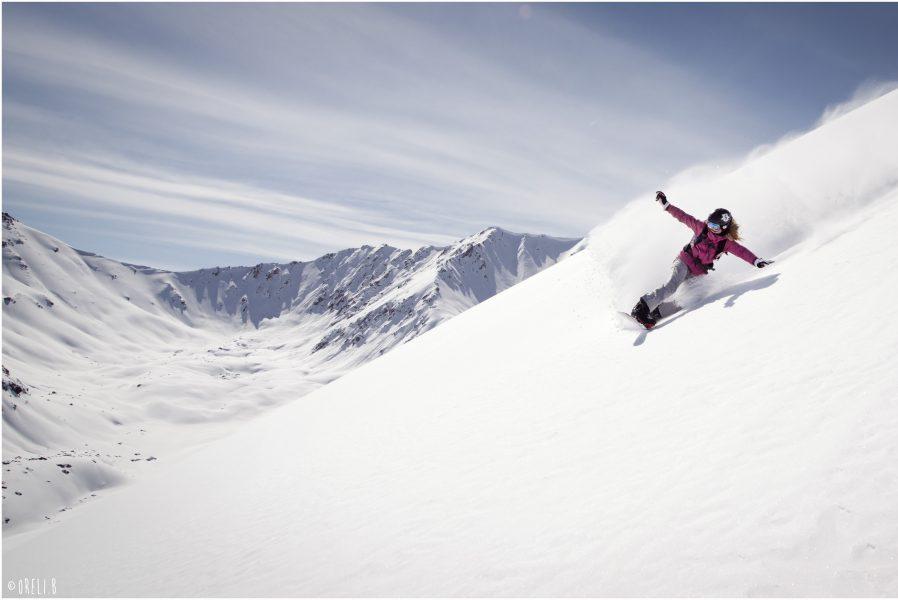 Backcountry snowboard Kirgizië